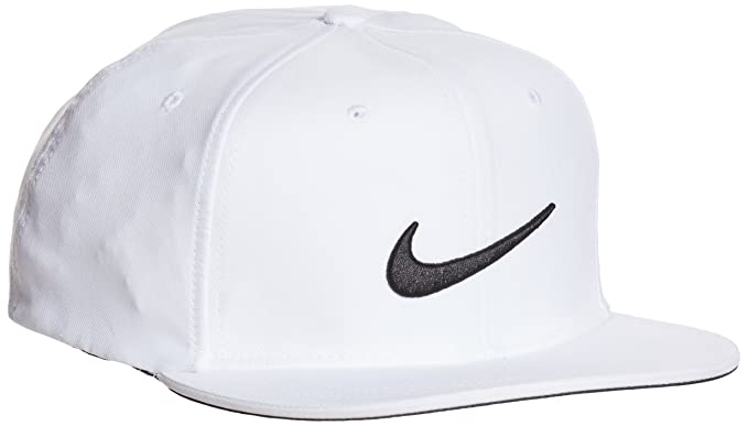 526f6523 Amazon.com : NIKE True Statement Golf Hat : Clothing