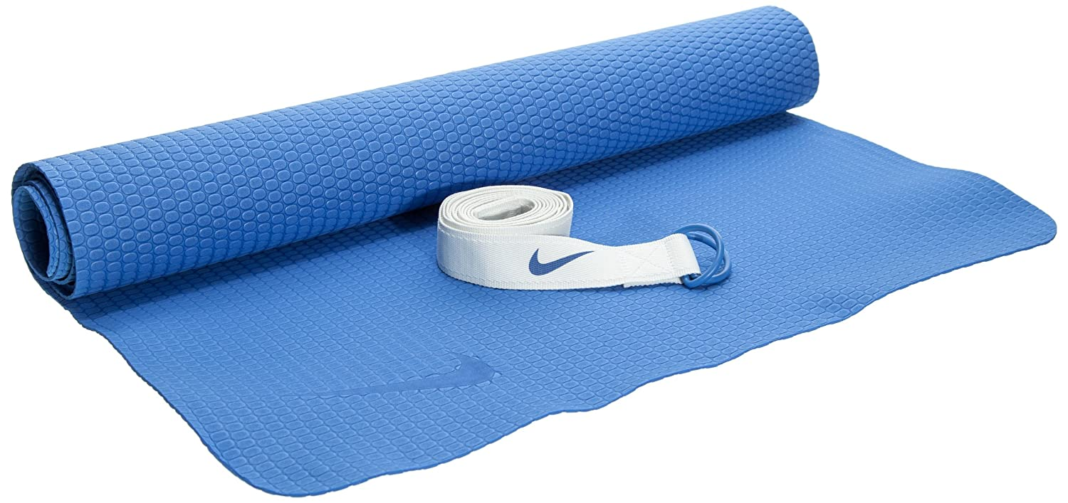 Amazon.com : Nike Essential Yoga Kit - Mega Blue/Sail : Yoga ...