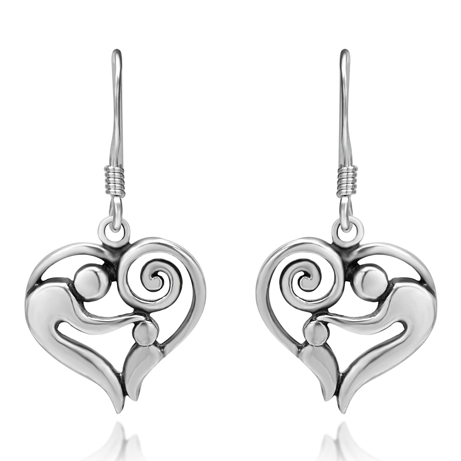 p gold wh earrings solid diamond shaped heart