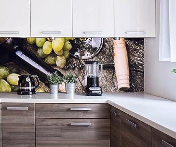 wandmotiv24 Cocina pared trasera uva y corchos sobre fondo de madera vieja Design M0839 160 x ...