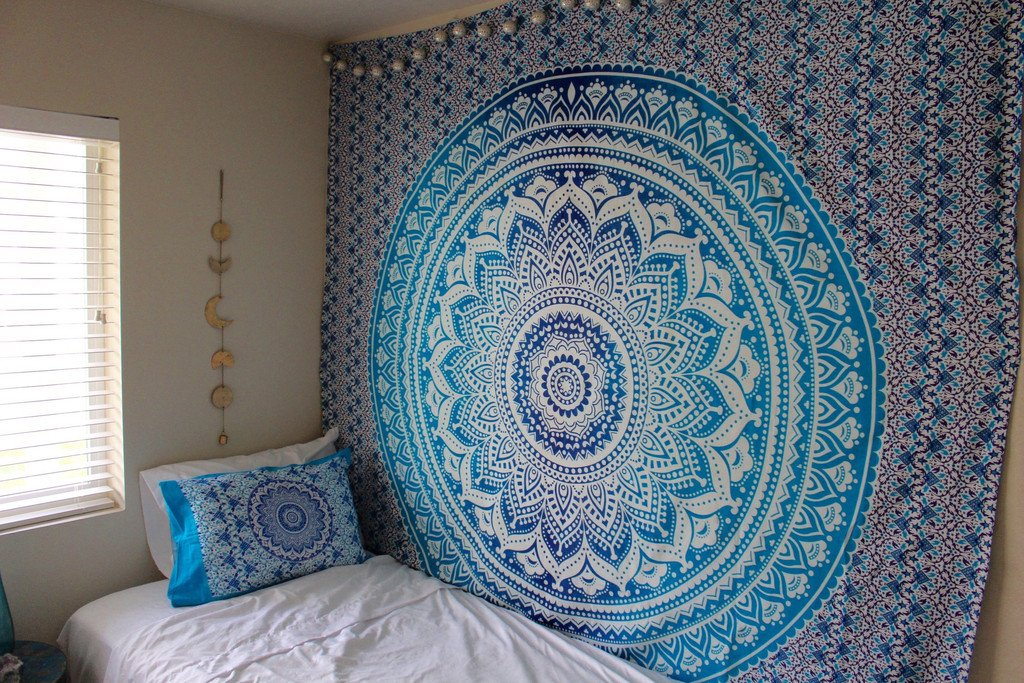 Charmant Amazon.com: Hippy Throw Mandala Tapestry Indian Wall Hanging, Tapestry,  Bohemian, Tapestries, Queen Bedsheet Bedspread Hippie Wall Decor Wall  Tapestry: Home ...