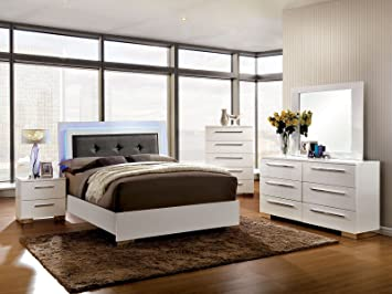 Amazon Com Esofastore Classic Contemporary Platform Bed W Led