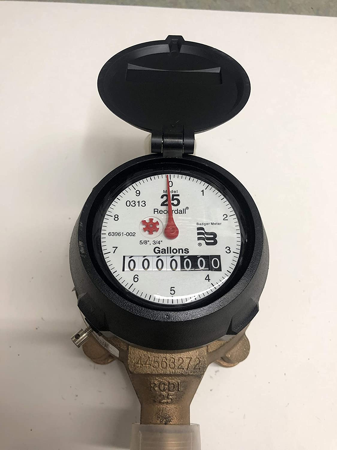 5//8 x 3//4 New Badger M25 Water Meter Direct Read Gallon