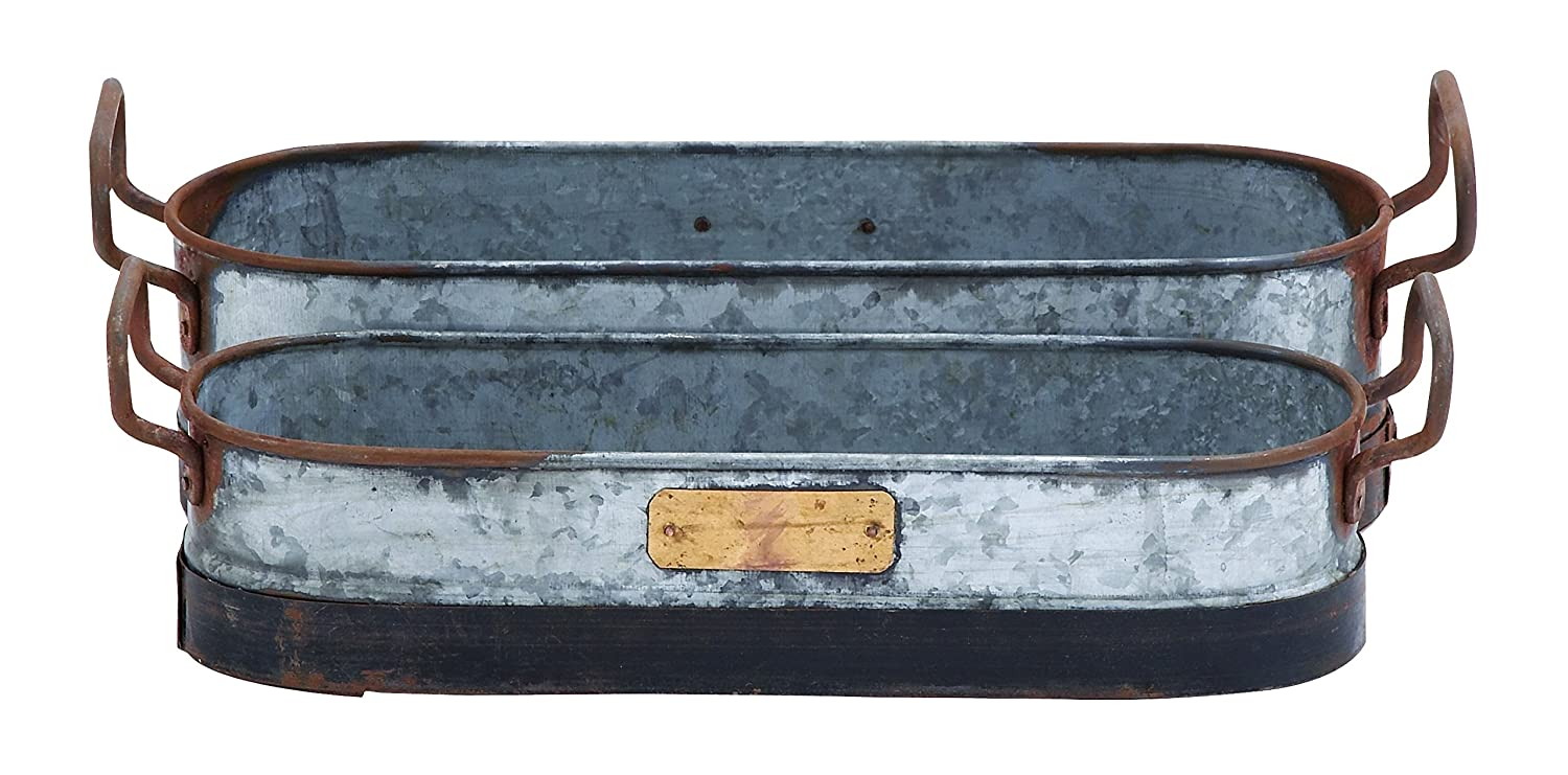Deco 79 Galvanized Metal Planter with Rust and Crude Design, Set of 2 by Deco 79