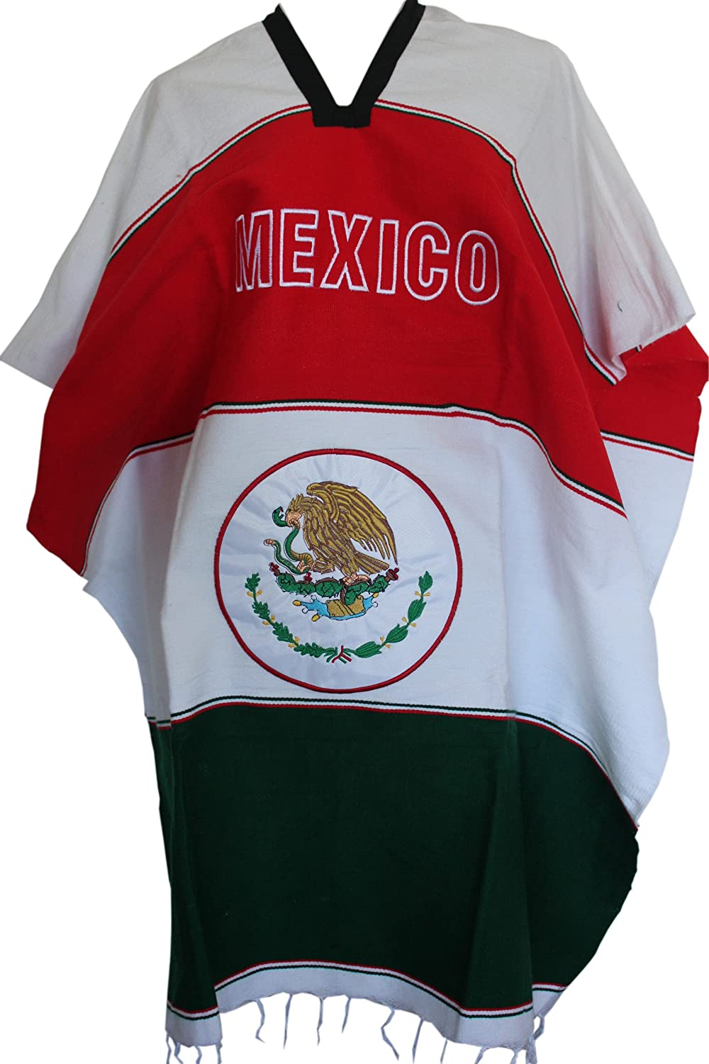 amazon com woven mexican flag soccer poncho mexico clothing
