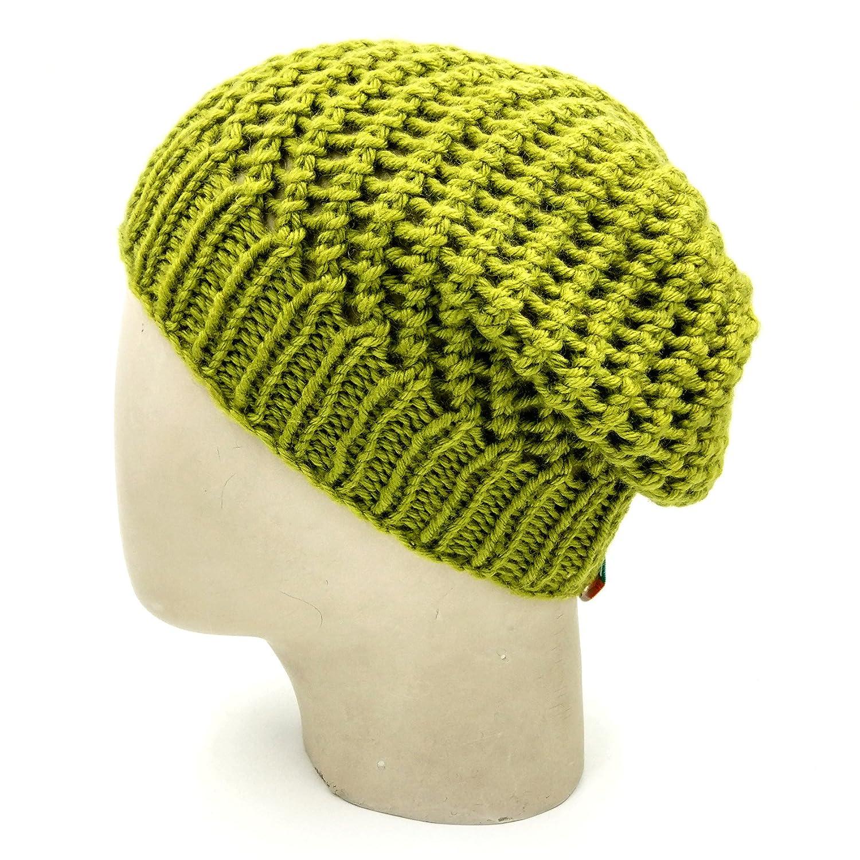 3446ff61eea Magic Needles Winter Woolen Cap (Handmade Mens Netted Beanie - (Beige)   Amazon.in  Clothing   Accessories