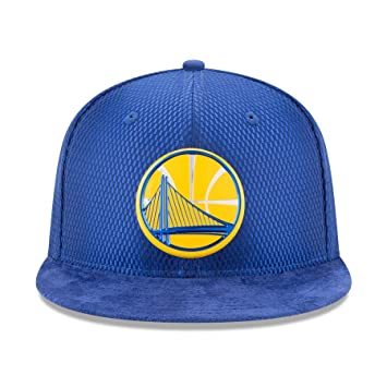 8c4c69fe494139 Amazon.com : Golden State Warriors New Era 2017 NBA Draft Official On Court  Collection 59FIFTY Fitted Hat -Royal (7 3/4) : Sports & Outdoors