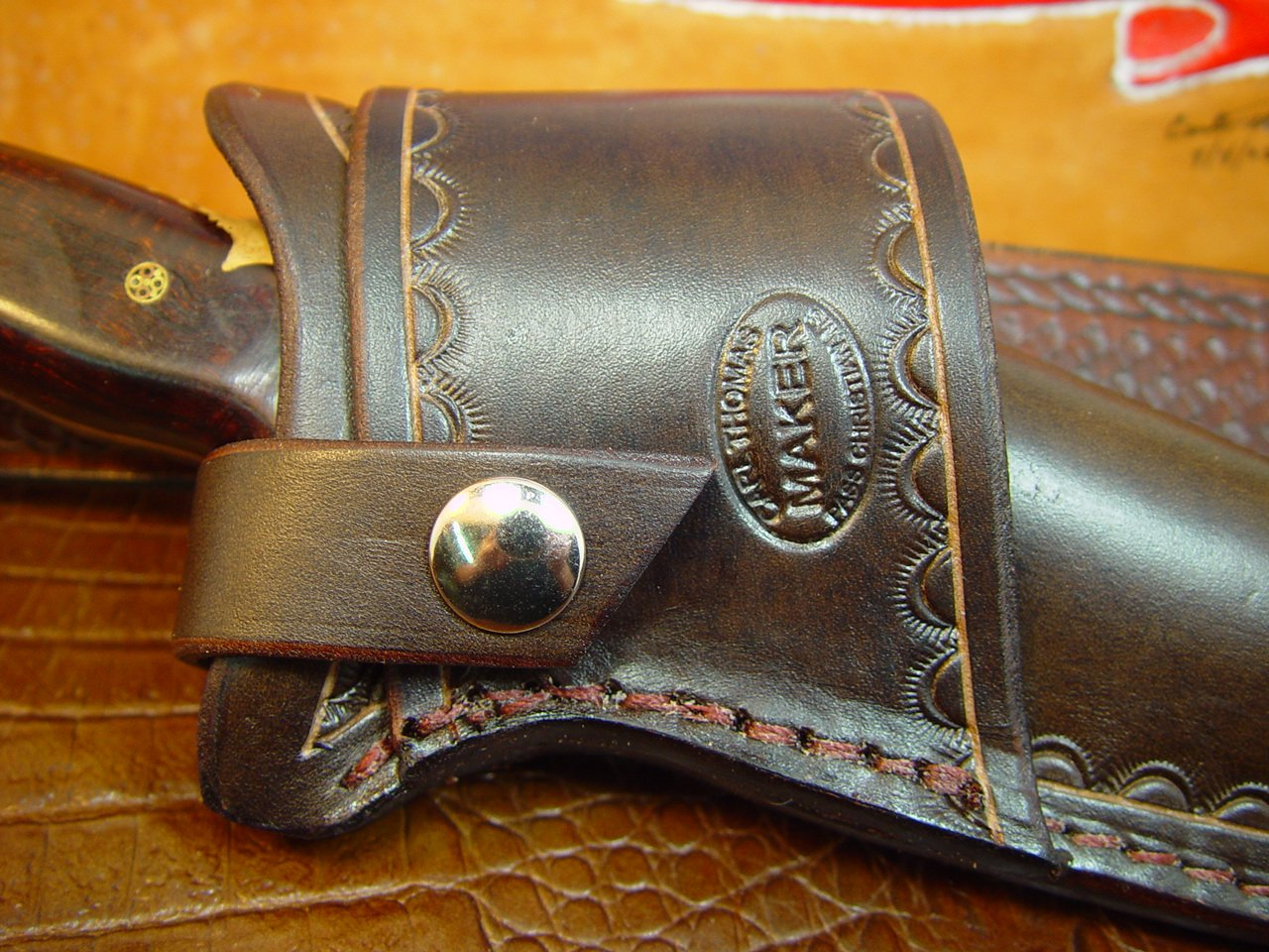 Amazon Com Buck 124 Cross Draw Knife Sheath Made Out Of Buffalo