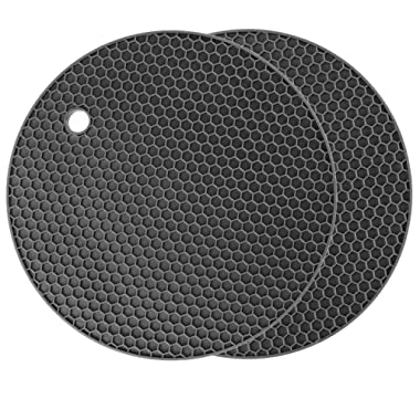 Silicone Pot Holder Set of 2, Circular Silicone Hot Pads, Dishwasher Safe, Heat Resistant Placemat (Grey / 2 Pack)
