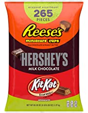HERSHEY'S 5 Pound Halloween Candy Variety Mix, Bulk Chocolate Candy , HERSHEY'S, REESE'S, and KIT KAT, 265 Pieces