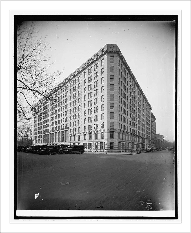 Historic Print (L): War Risk, [Vermont Ave., N.W., Washington, D.C.]