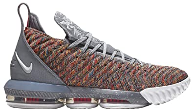 competitive price 13d88 db406 Amazon.com | Nike Lebron 16 Basketball Shoes (Silver, 10.5 ...