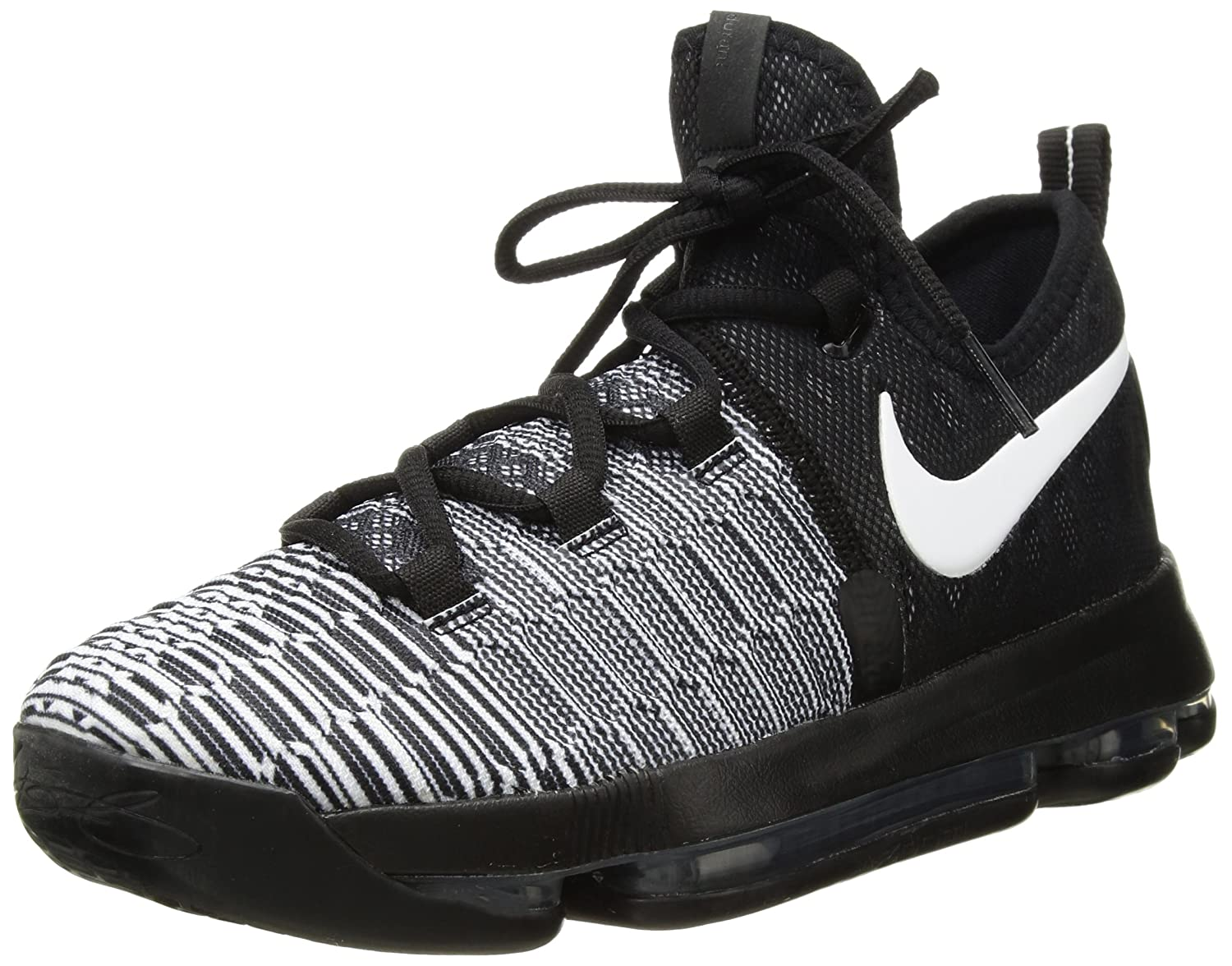 sports shoes 59302 d1acc Amazon.com   NIKE Boys Zoom KD9 Big Kid Textured Basketball Shoes   Shoes