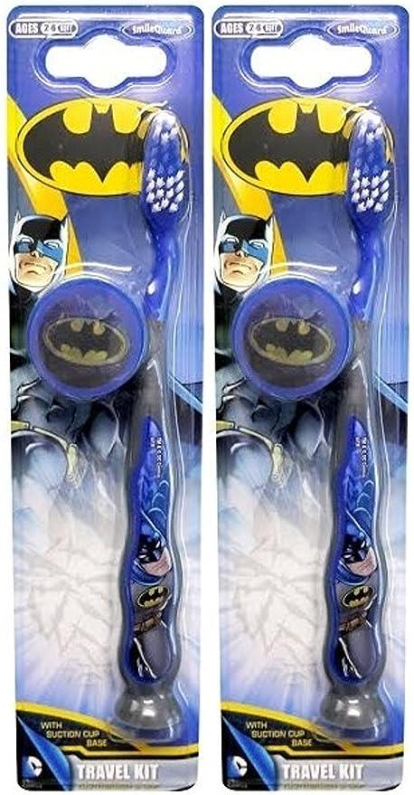 X2 Batman Dental Care Cepillo de dientes con tapa y soporte de ventosa.