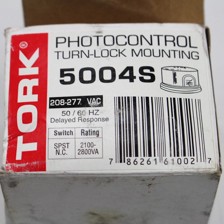 TORK 5004S Photocontrol Turn-lock Mounting 208-277 VAC 50//60 HZ   NEW IN BOX