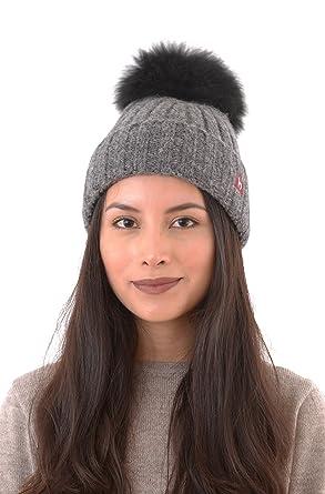 63850f8d490666 APU KUNTUR Mütze Damen Winter | BIANCA | aus Baby Alpaka und Merino | mit  Bommel