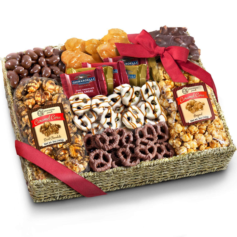 Amazon.com : Christmas Holiday Nuts Gift Basket -Delightful Gourmet ...