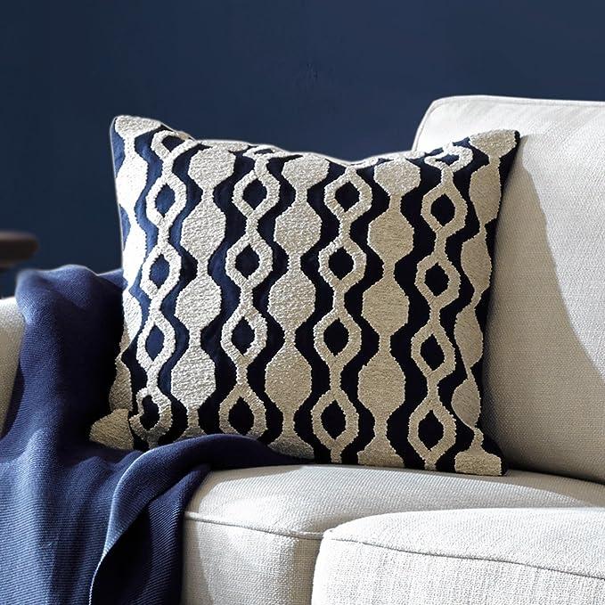 Amazon.com: Funda de cojín con bordado azul marino para sofá ...