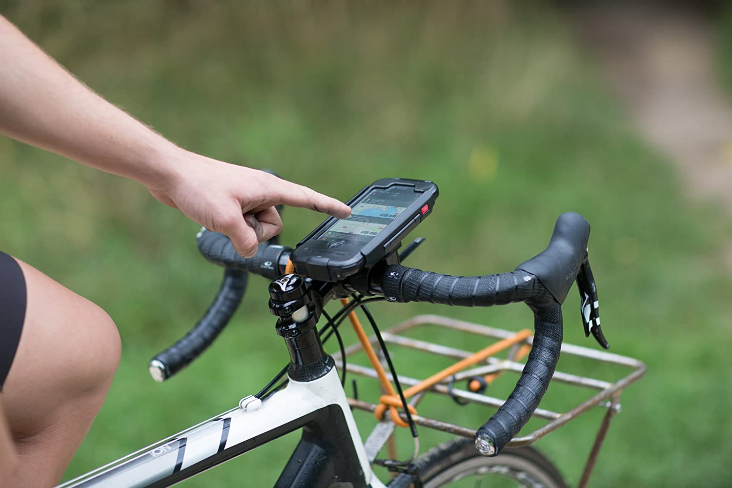 reputable site d4cf5 e6092 iPhone Guide 4U: Top 5 Best Bike Phone Mount Holder For iPhone 7 and ...