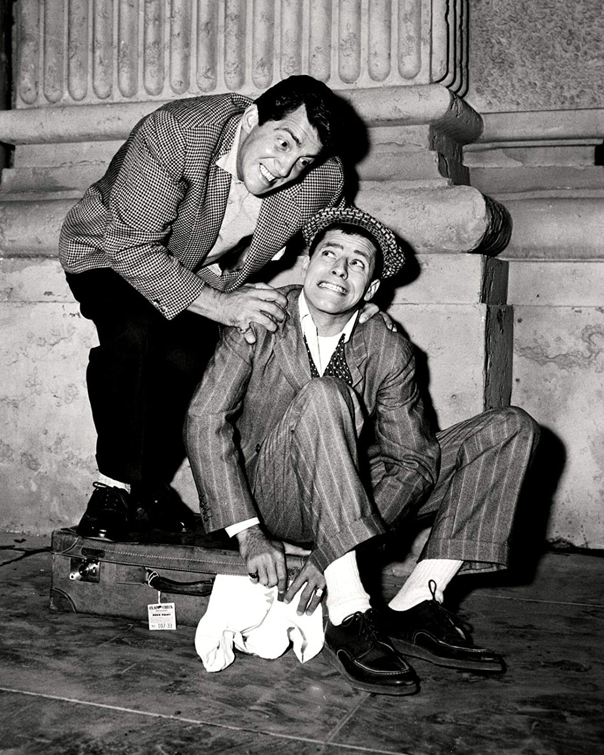 bucraft Dean Martin and Jerry Lewis in Money from Home - 8X10 Publicity Photo (ZZ-015)