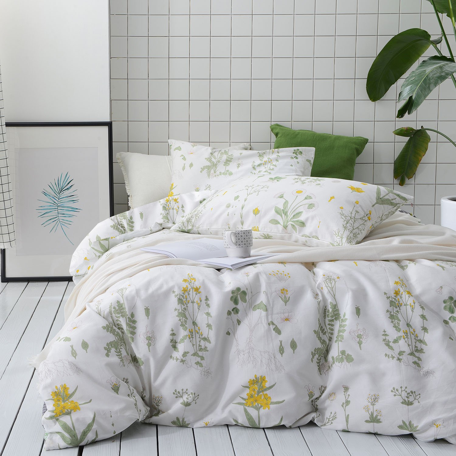 Wake In Cloud - Botanical Duvet Cover Set, 100% Cotton Bedding, Yellow Flowers and Green Leaves Floral Garden Pattern Printed on White (3pcs, Queen Size)