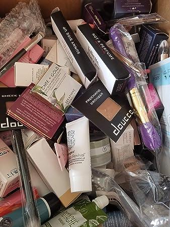 Amazon com : 25 Piece Wholesale IPSY Subscription Box Beauty