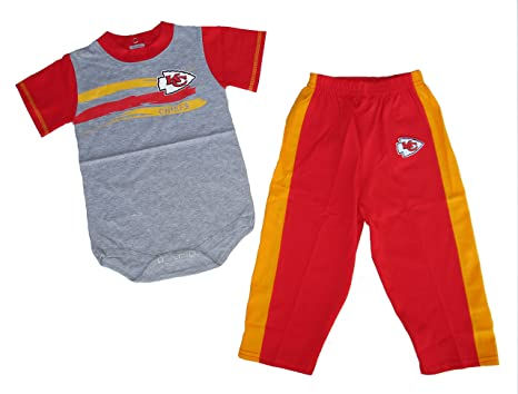 4411f081 Amazon.com: Kansas City Chiefs Infant Onesie Size 18 Months Bodysuit ...