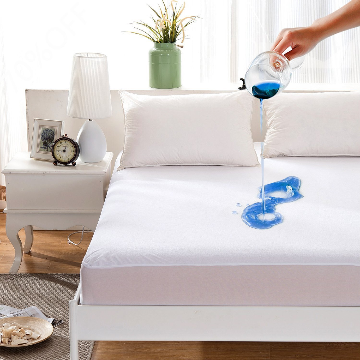 Maevis Bed Waterproof Mattress Protector Cover Pad Fitted 18 Inches Deep Pocket Premium Washable Vinyl Free - California King