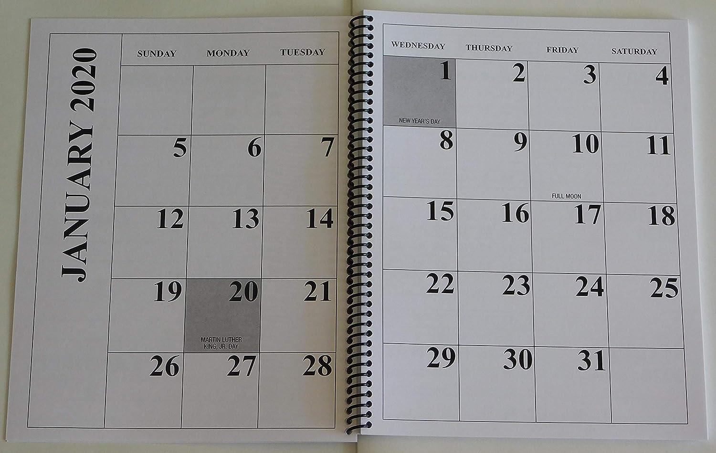ジャンボラージプリント 2020 デスクトップカレンダー 13ヶ月 - 17インチ x 11インチ 開いた状態、または閉じた状態では11インチ x 8.5インチ。