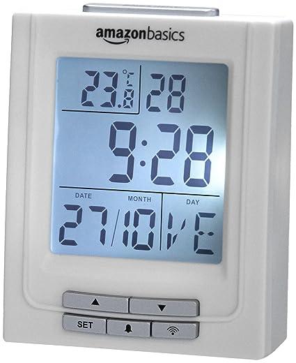 AmazonBasics - Reloj radiocontrolado, con temperatura y doble alarma