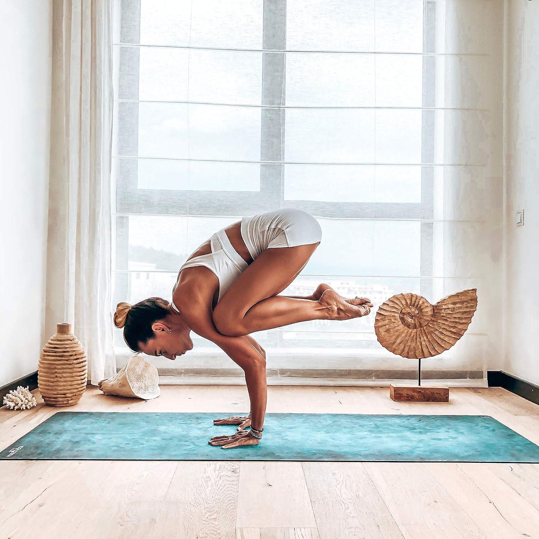 Yoga Design Lab La Esterilla de Yoga Combo 1.5mm. Dos en Uno   Antideslizante   Plegable   Ecológica   Lavable a la Máquina