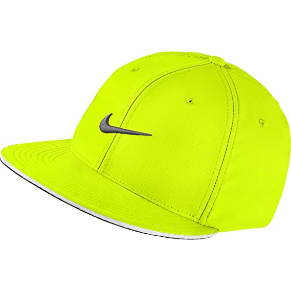 89b81a3abd0 Buy Men s Nike True Statement Golf Hat-727032-702-S M Online at Low Prices  in India - Amazon.in