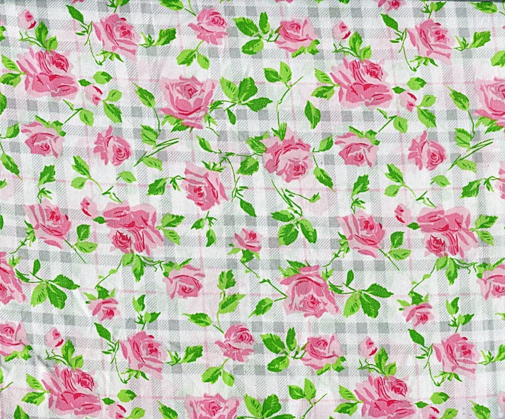 Betsey Johnson Plaid Roses Sheet Set, Queen Size
