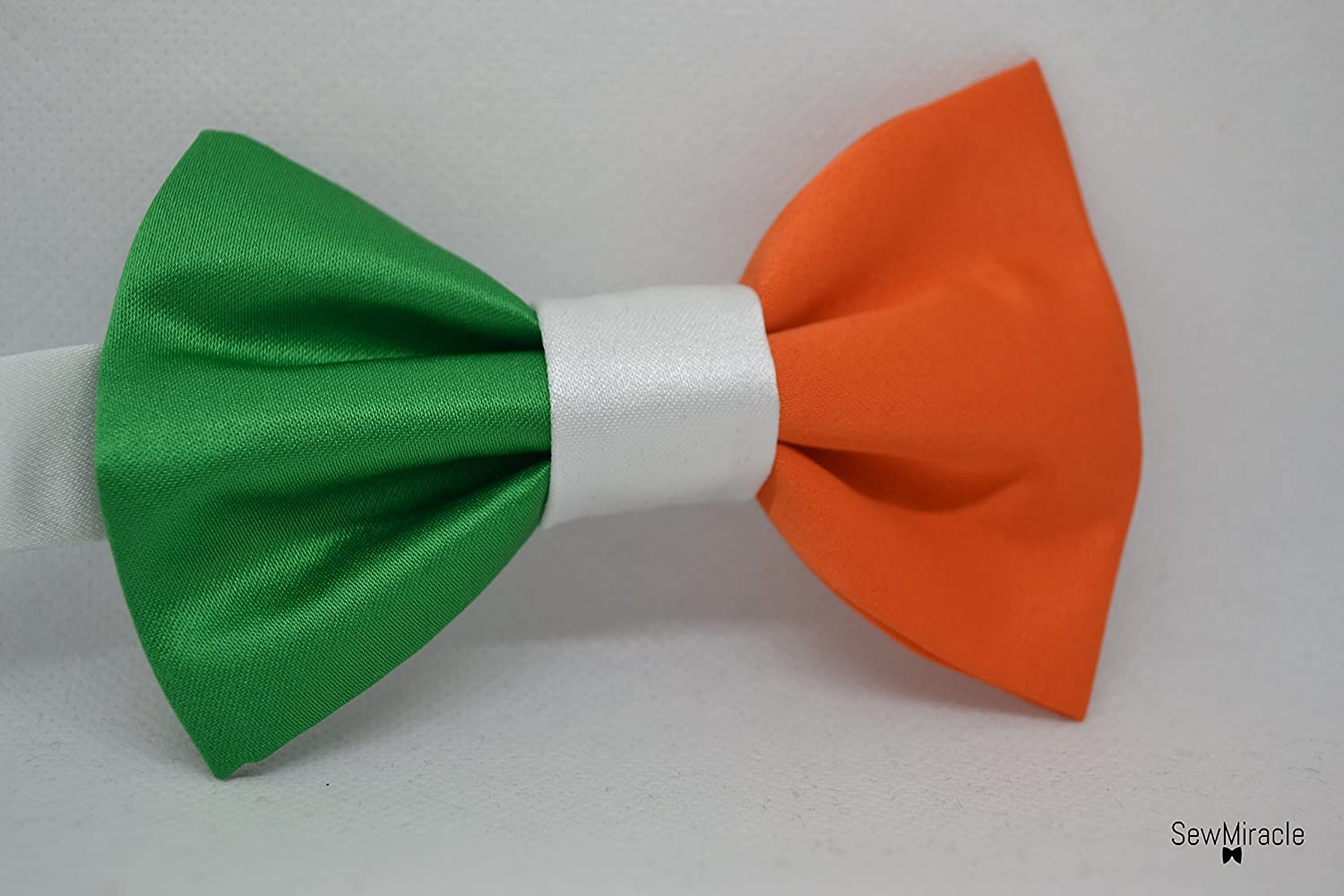 Irish Flag bow tie - Men's Bow tie - Child bow tie - Baby bow tie - Irish flag - St Patrick's Day- Shamrock charm - Irish bow tie - Gift for men - Gift idea