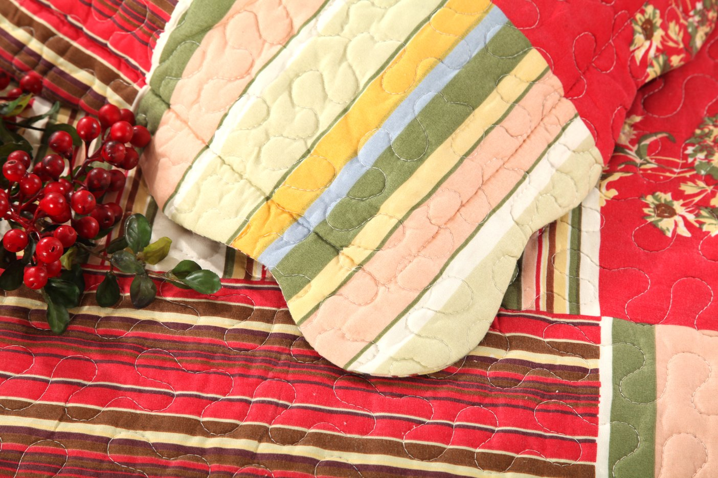 Tache Home Fashion SD2876-King Tache 3 Piece Checkered Morning Flower Galore Reversible Bedspread Quilt Set King China