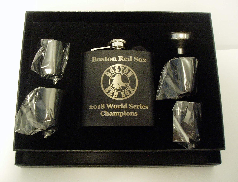 ボストン・レッドソックス 2018 ワールドシリーズチャンピオン 6オンス ブラックステンレススチールフラスコ 4ショットグラスとブラックプレゼンテーションボックスにファンネル付き