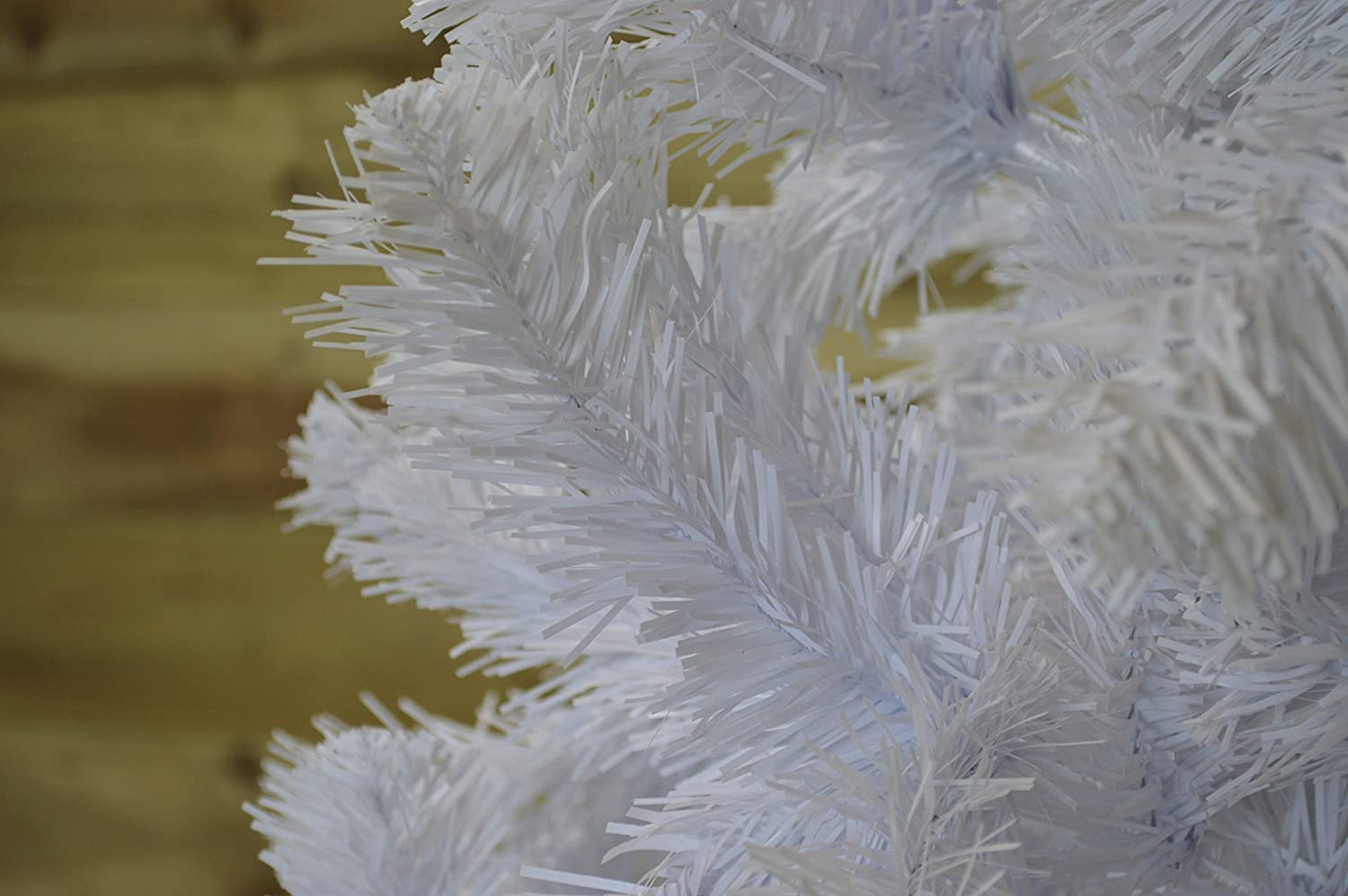 7ft 210cm Imperial Pine Christmas Tree in White by Everlands