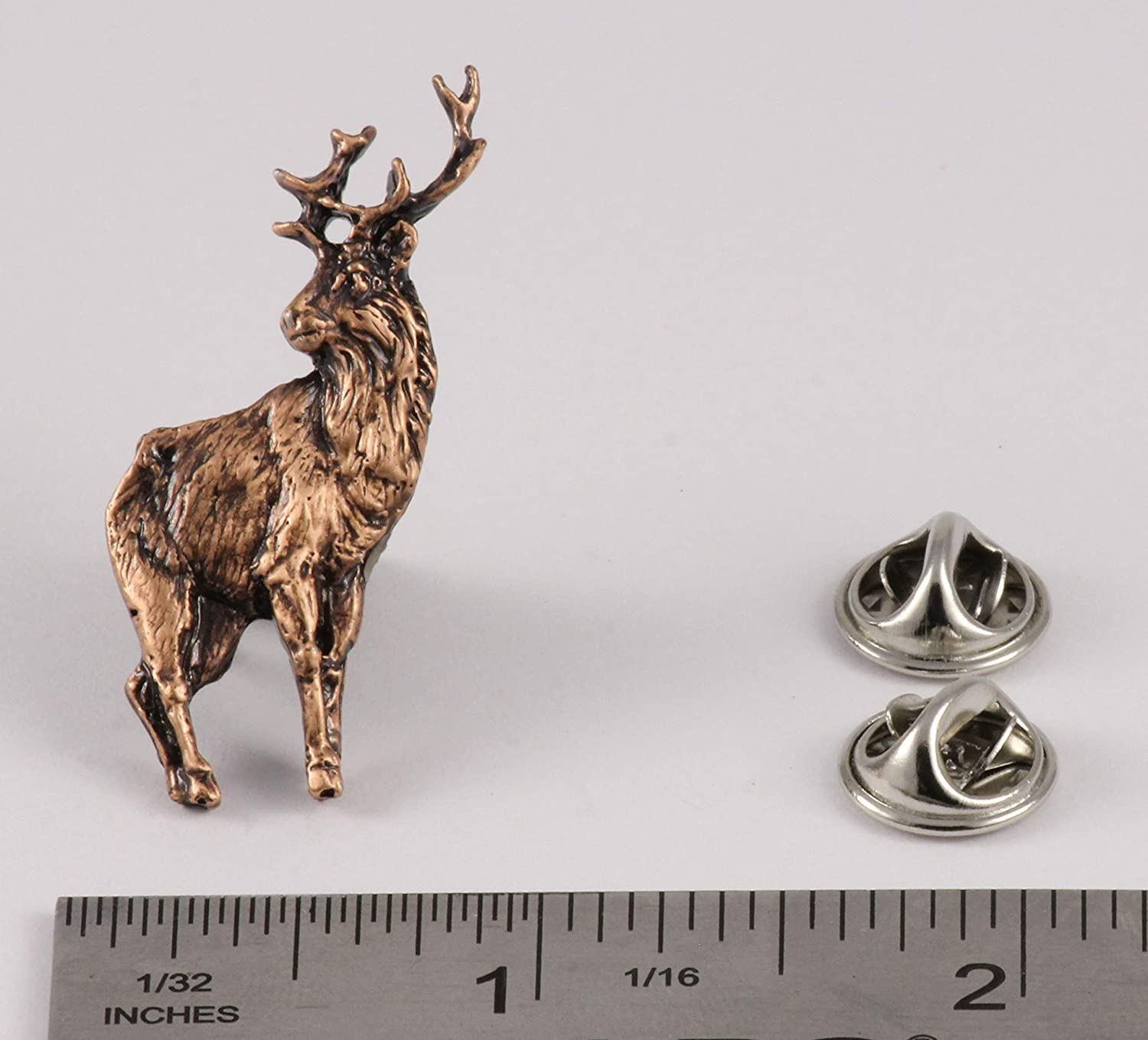 Brooch M019 Jewelry Red Deer Stag Full Body Mammal Pewter Lapel Pin