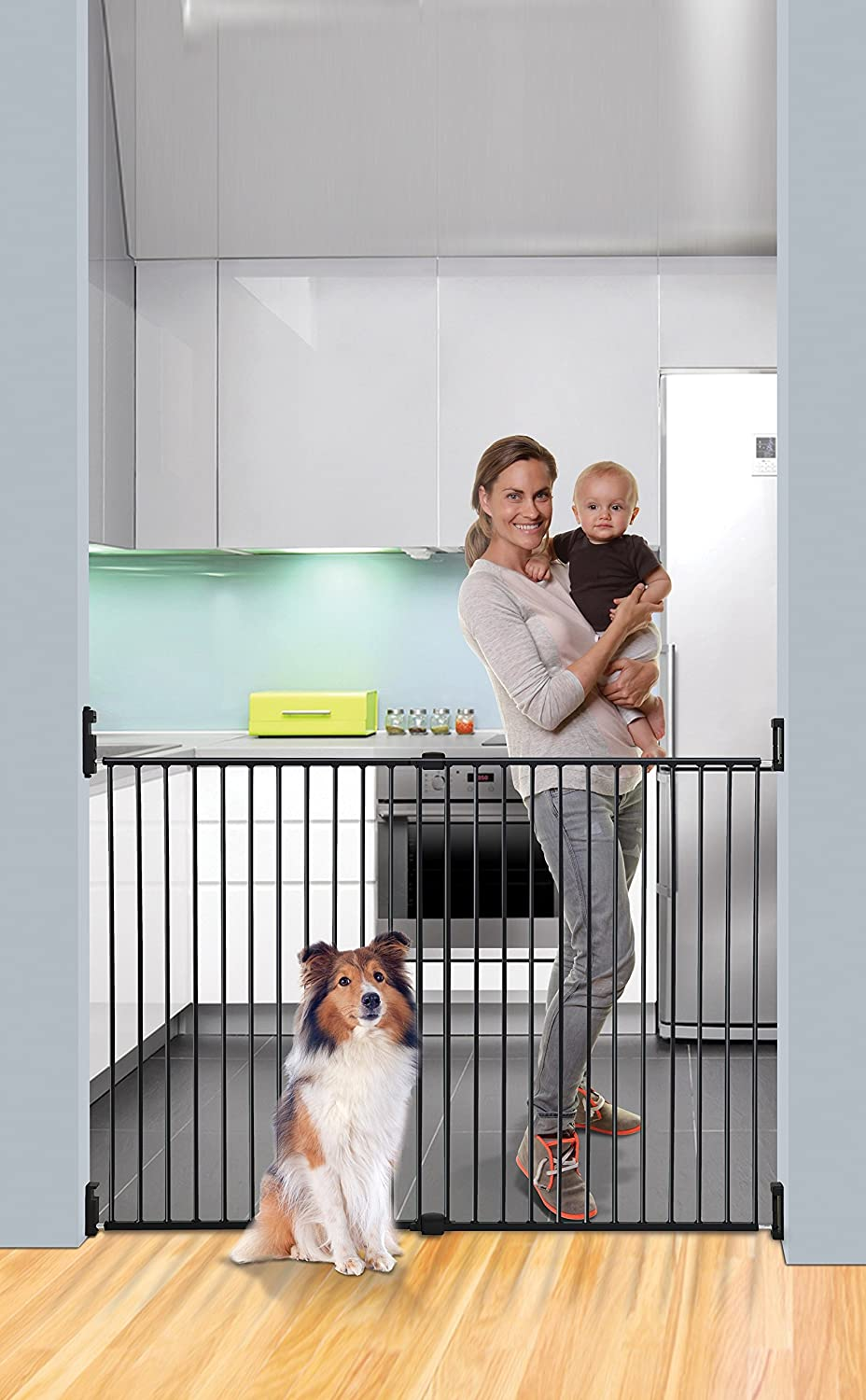 Dreambaby Broadway Xtra-Wide and Xtra-Tall Gro-Gate
