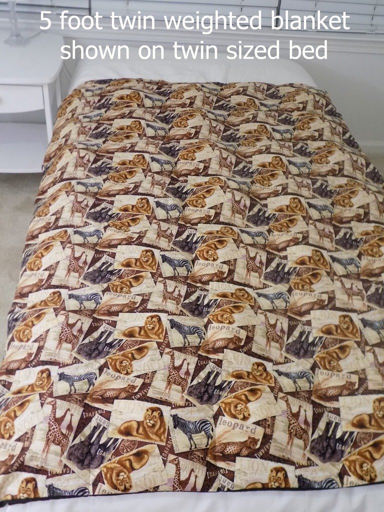 5 Foot Twin Weighted Blanket by Lifetime Sensory Solutions, Custom Made Weighted Sensory Blanket for Kids (13 lb for 120 lb user, Swedish Christmas) by Lifetime Sensory Solutions (Image #4)