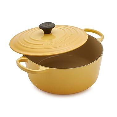 Le Creuset Signature Round Dutch Oven LS2501-265H, 5.5 qt, Honey