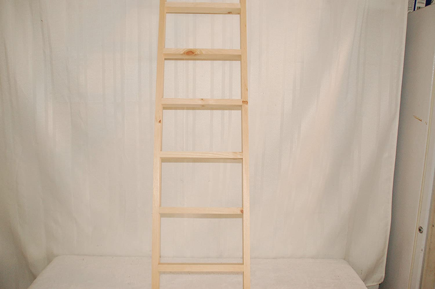 Kenzie's Stars and Gifts Ladder Wooden, 4 Feet