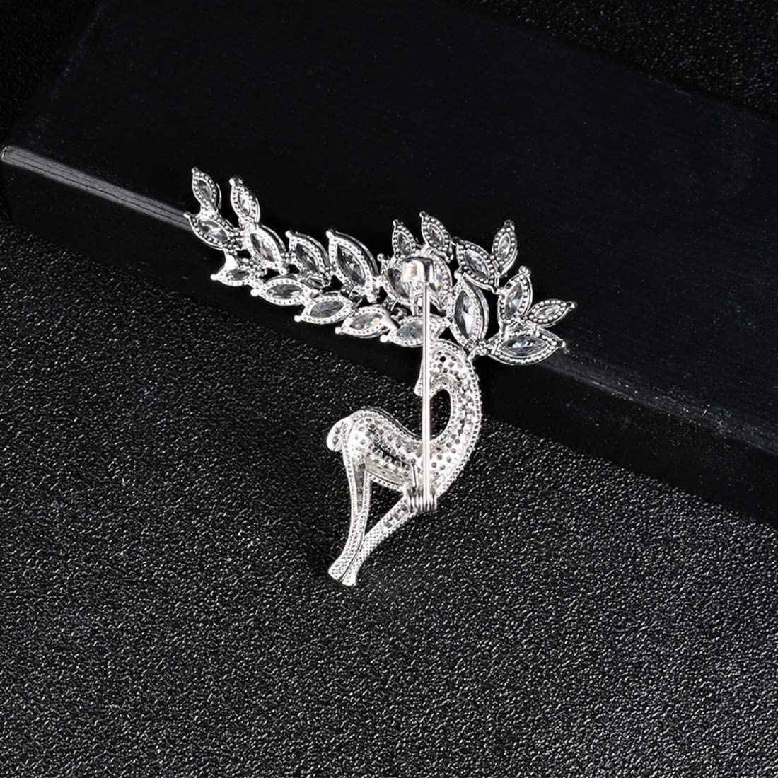 Creative Brooch Pin Ladies Brooch Zircon Fawn Styling Jewelry Dress Decoration Buckle High-end Jewelry Gift Badge Pin Lapel Pin