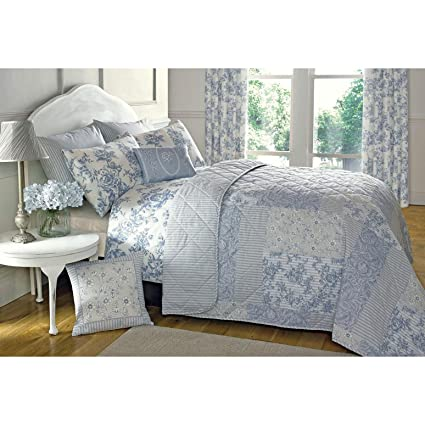 FRENCH COUNTRY COTTAGE QUILTED BEDSPREAD COMFORTER SET FLORAL TOILE DE JOUY BLUE Beddengoed, bedlinnen Huis