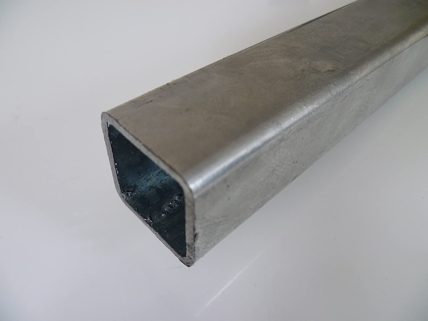 B and T Metal galvanised steel square pipe, 35 x 35 x 2 mm in length of 1000 mm +0/-3 mm square pipe ST37 raw hollow profile, raw steel B&T