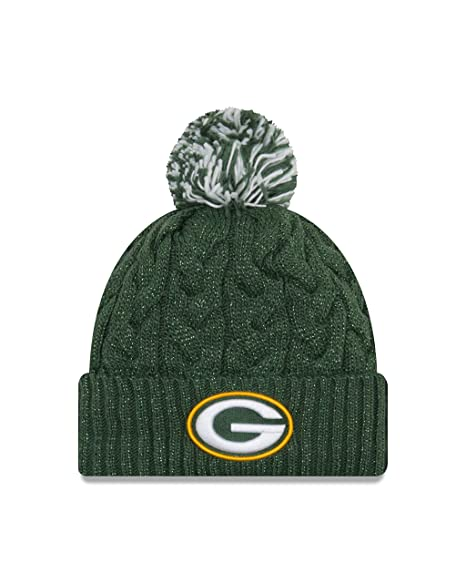 ab922eab00a Amazon.com   New Era Green Bay Packers Cozy Cable Pom Knit Hat   Sports    Outdoors