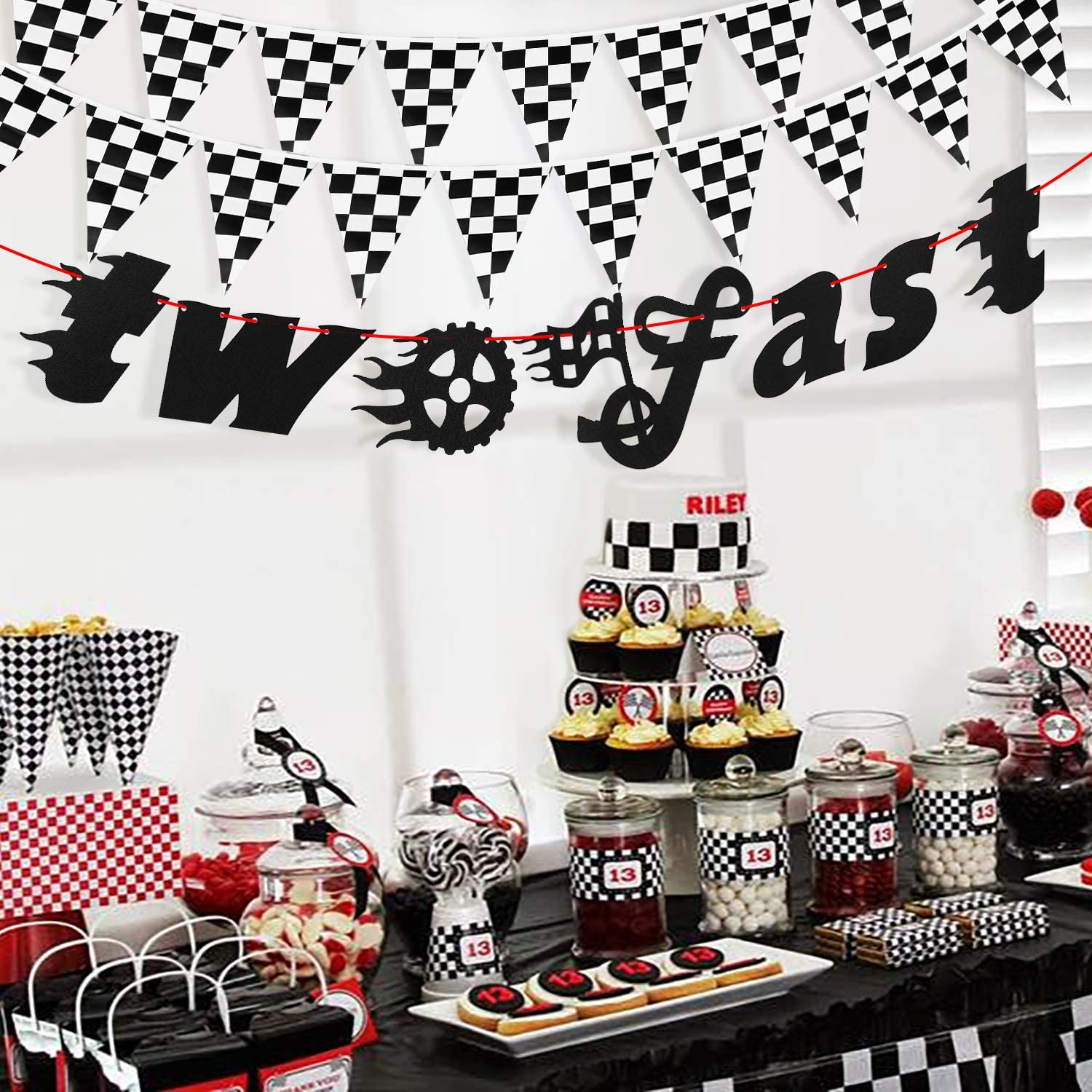BeYumi Two Fast Birthday Decorations Let/'s Go Racing Party Perfect for Kids/' 2nd Second Birthday Party 28Pcs Race Car Theme Party Supplies Checkered Pennants Banner and Chequered Flags Balloons