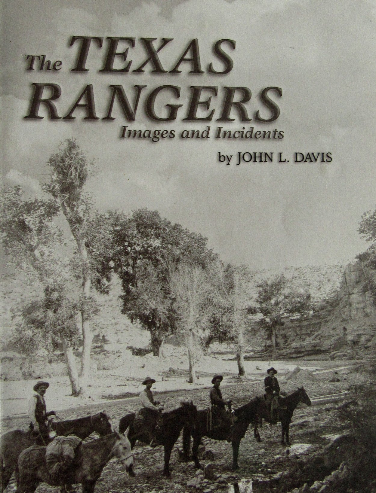 Download The Texas Rangers: Images and incidents pdf