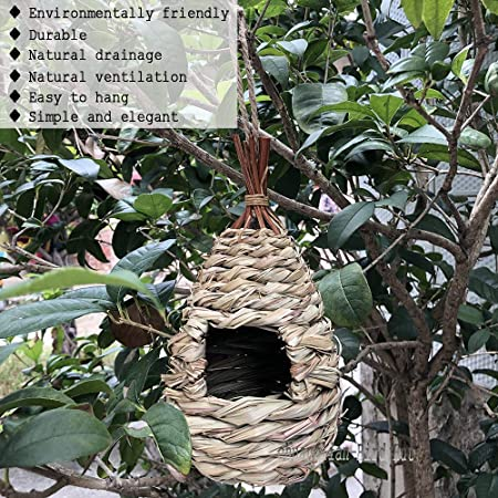 Amazon Com Hand Woven Teardrop Shaped Eco Friendly Birds Cages Nest Roosting Grass Bird Hut Hanging Bird House Cozy Resting Place 100 Natural Fiber Ideal For Birds Provides Shelter From Cold Weather Garden Outdoor