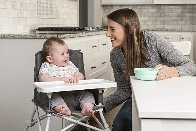 Bonus Kit Regalo My High Chair Portable Travel Fold /& Go Highchair Grey Includes Travel Case and Tray with Cup Holder Indoor and Outdoor